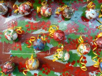 Boules de Noël , technique serviettage