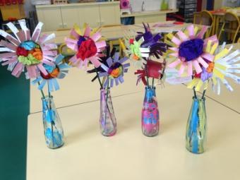 fleurs dans un soliflore en MS